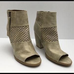 Qupid suede perforated/solid pattern ankle bootie